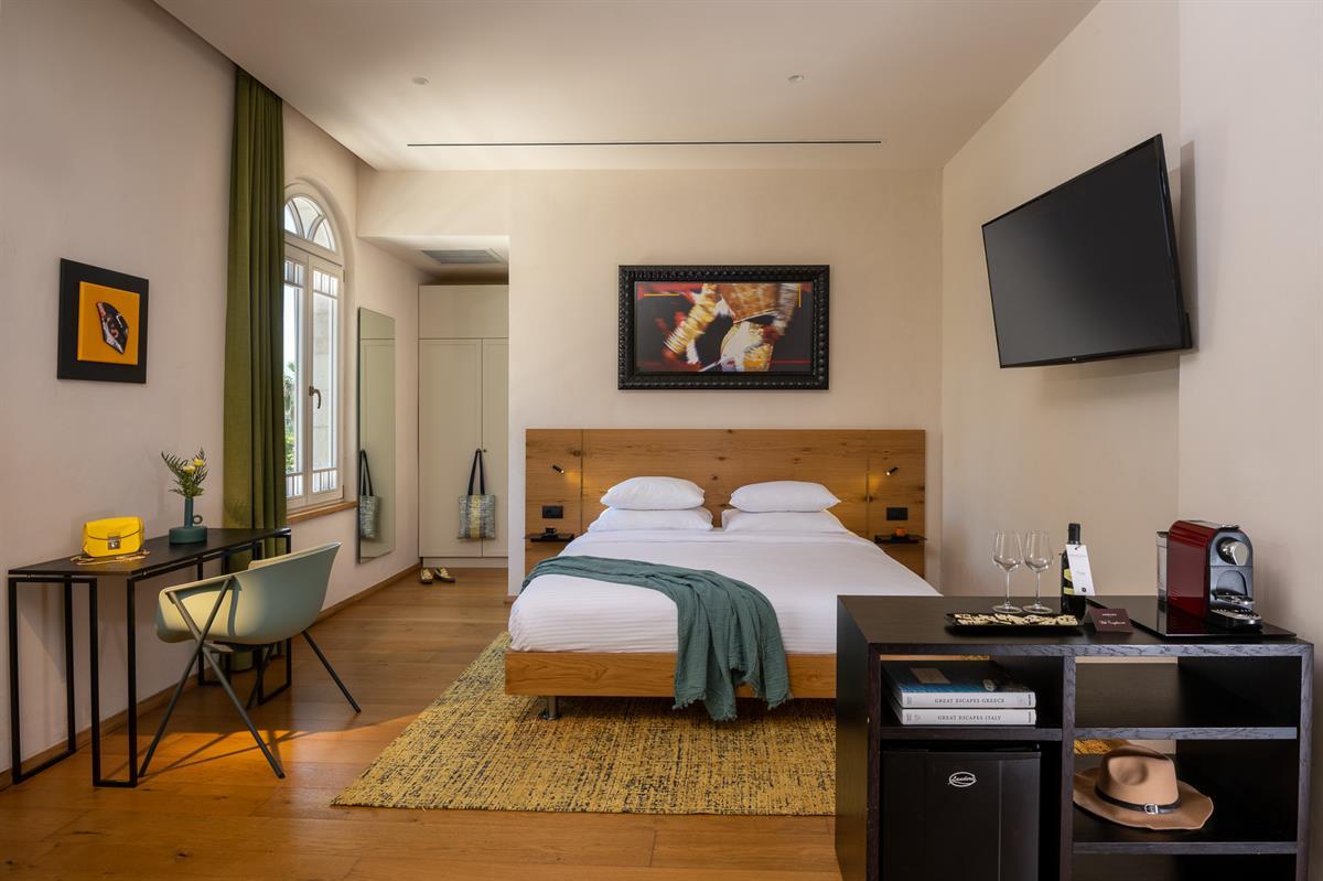 schumacher hotel photo by Aya Ben Ezri-13